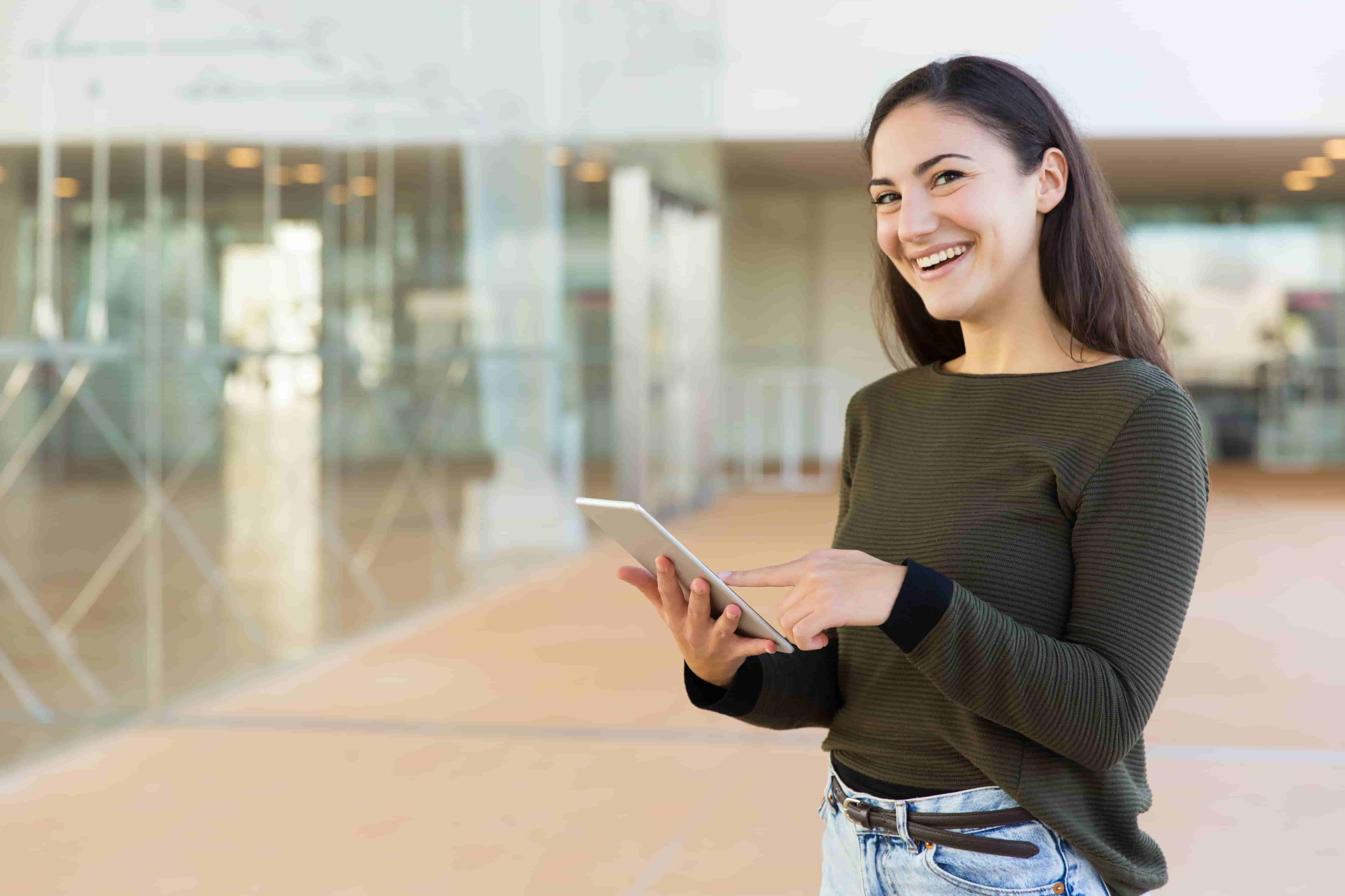 girl connecting with customers easily with crm software